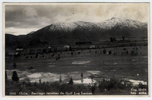 Chile, Santiago canchas de Golf Los Leones.