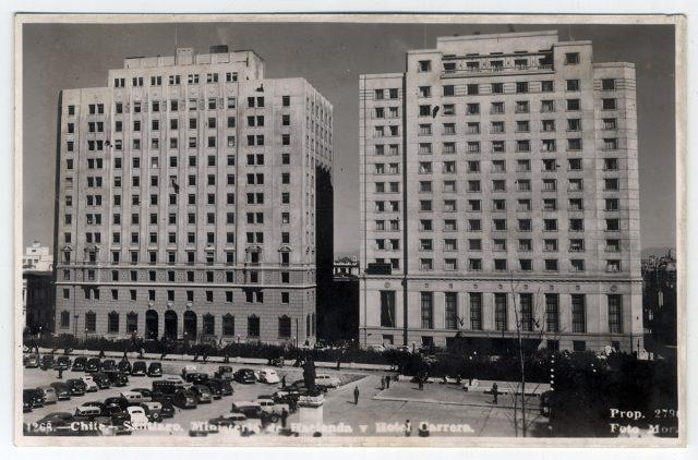 Chile – Santiago. Ministerio de Hacienda y Hotel Carrera.