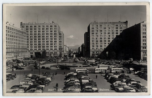 Chile, Santiago. Plaza G. Bulnes.