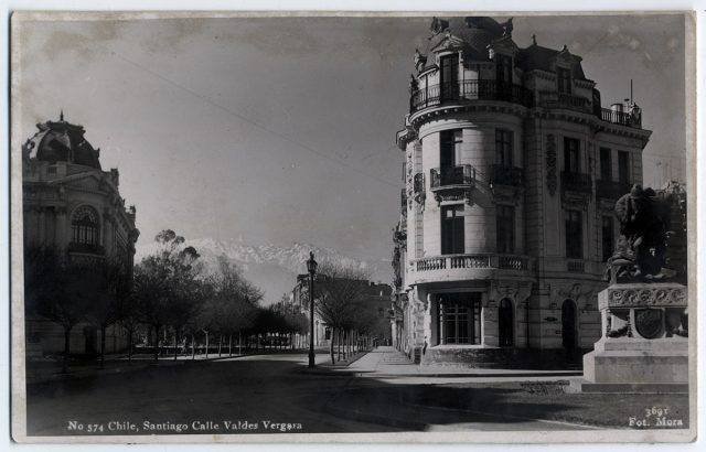 Chile, SantiagoCalle Valdés Vergara.