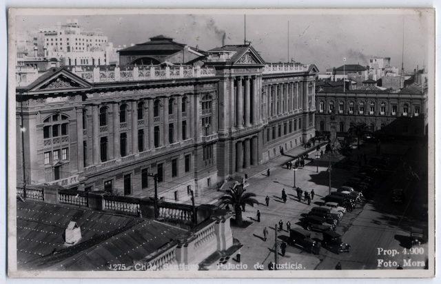 Chile, Santiago – Palacio de Justicia.