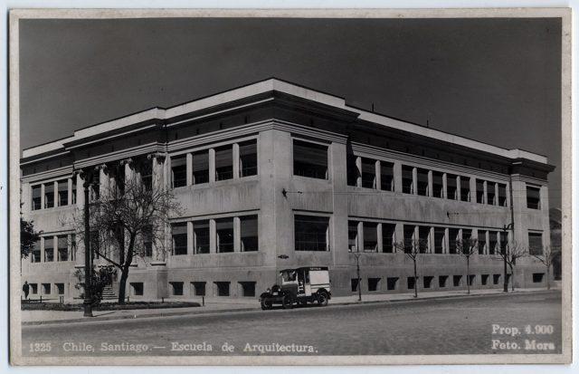 Chile, Santiago – Escuela de Arquitectura.