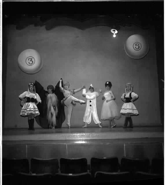 Ballet Azul (Blue Ballet) en Teatro Opera