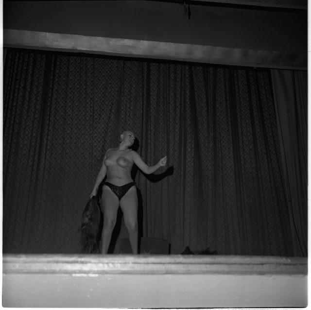 Las mellisas striptiseras en Picaresque