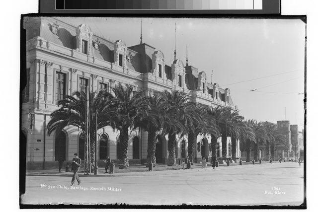 Chile, Santiago Escuela Militar.