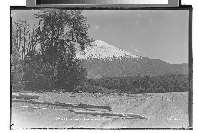 Chile, Volcán Osorno desde Petrohué.