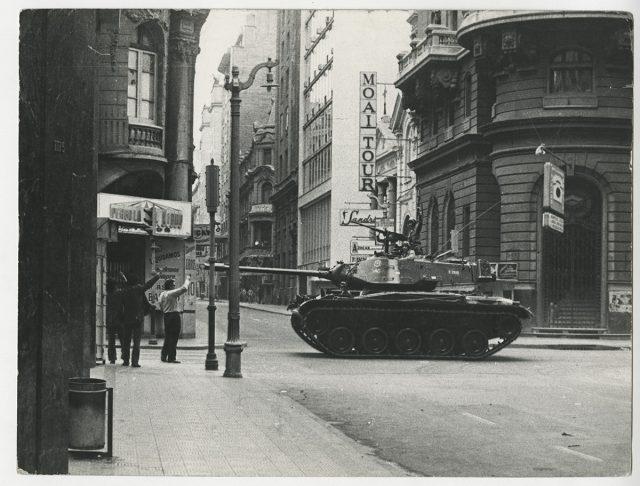 Militares en las calles de Santiago