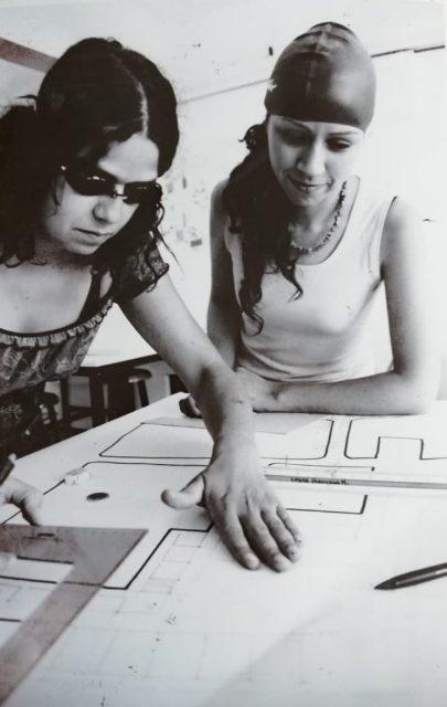 Estudiantes escuela de arquitectura