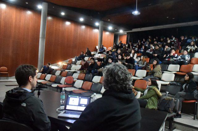 Ciclo de Charlas Escuela de Arquitectura UDP Edificio Facultad de Economía y Empresa