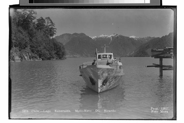 Chile.- Lago Esmeralda, Moto – Nave Do Ricardo